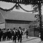 003_Verein - 1922 Fahnenweihe Ausmarsch