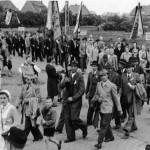 012_Verein - 1951 Sängerfest Umzug in Sarstedt